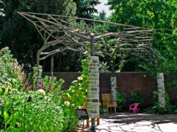 Shadow Pergola for growing hops